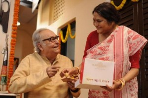 Soumitra Chatterjee and Swatilekha Sengupta in a scene