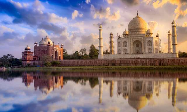 AGRA, A journey back to history!