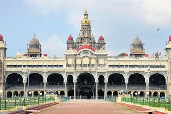 Mysore Palace : The most visited place after Taj Mahal